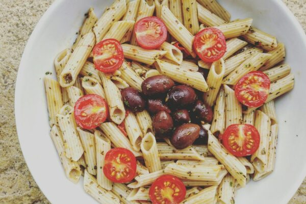 Brown Rice Pasta With Cherry Tomatoes & Olives